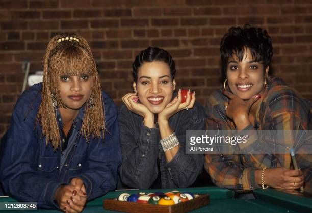 """Rap group Salt 'N Pepa appear in a portrait taken on the set of their """"Whatta Man"""" video shoot in New York City on November 2, 1993."""