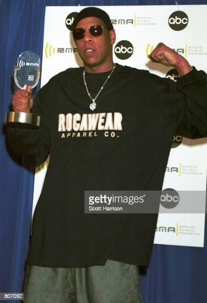 Rap star Jay Z holds up his award at the 2000 Radio Music Awards November 4 2000 in Las Vegas NV