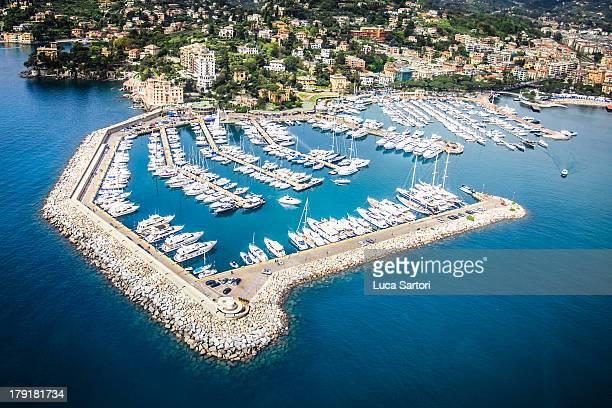 rapallo il porto - costa smeralda stock pictures, royalty-free photos & images