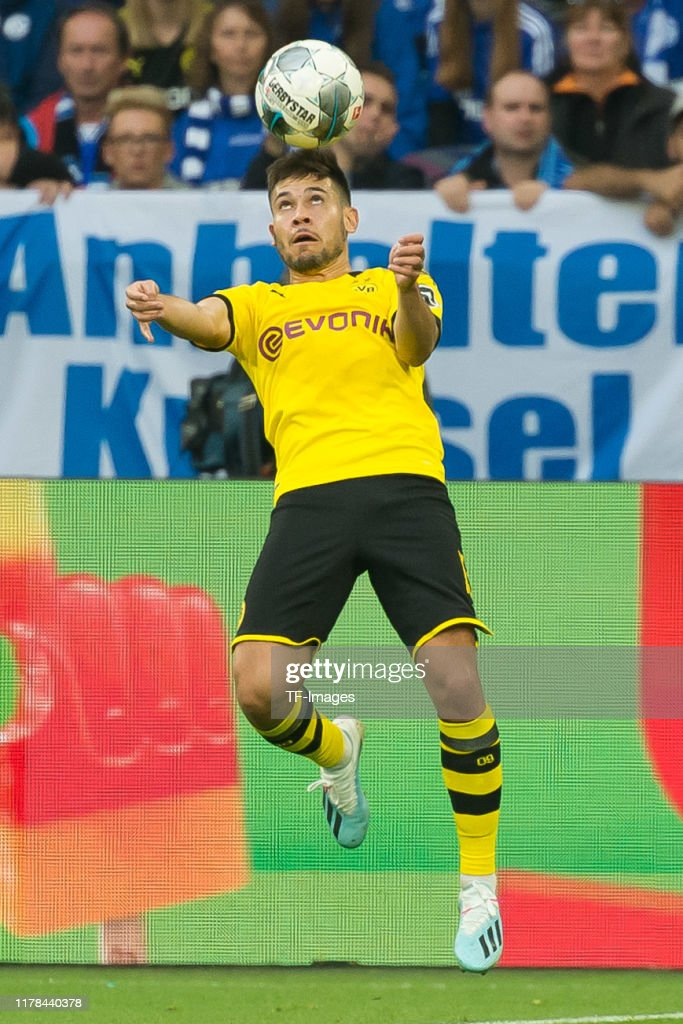 Raphael Guerreiro Of Borussia Dortmund Controls The Ball During The News Photo Getty Images