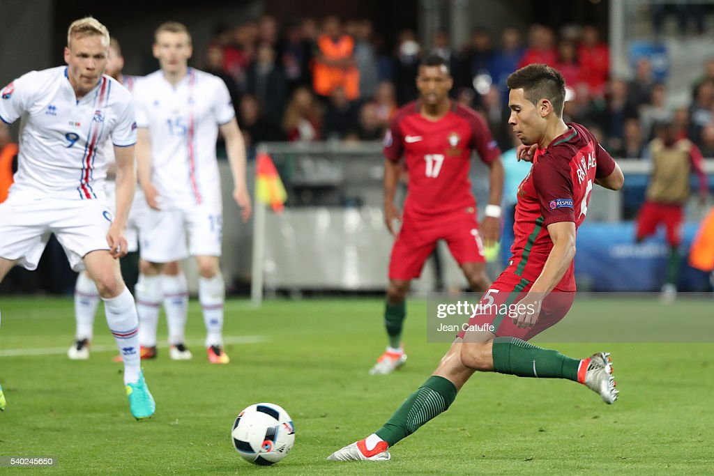 Portugal v Iceland - Group F: UEFA Euro 2016 : Nachrichtenfoto