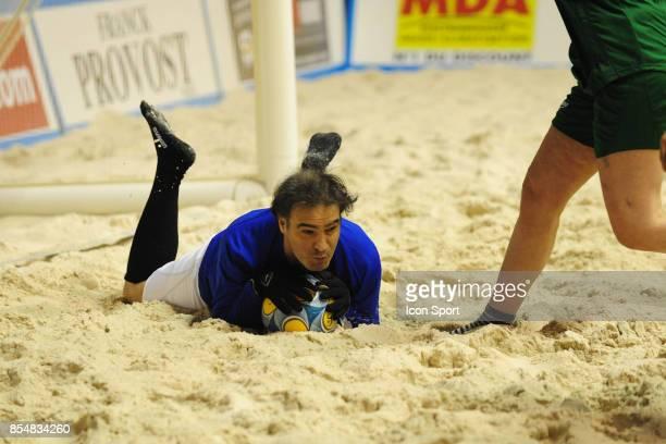 Raphael Mezrahi Le Show Beach soccer a Lyon Tournoi des celebrites Match caritatif pour l'association Un sourire Un espor pour la vie
