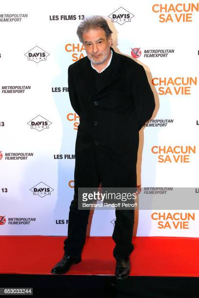 Raphael Mezrahi attends the 'Chacun sa vie' Paris Premiere at Cinema UGC Normandie on March 13 2017 in Paris France