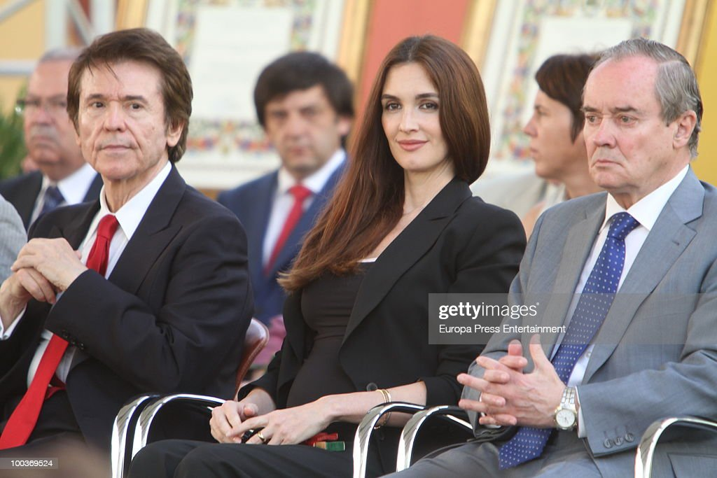 Raphael, Paz Vega and Jose Antonio Maldonado attend the Seville Golden Medal Ceremony at Seville Province Day on May 23, 2010 in Seville, Spain.