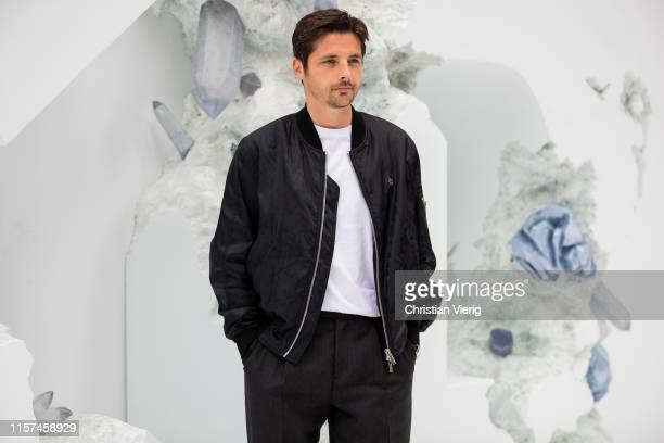 Raphael Personnaz is seen at Dior during Paris Fashion Week Menswear Spring/Summer 2020 on June 21 2019 in Paris France