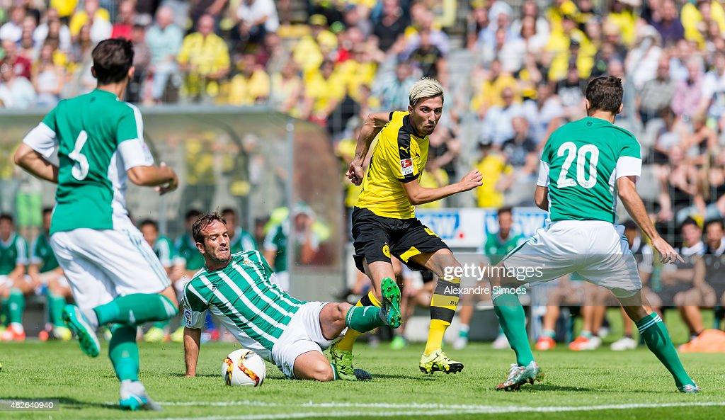 Borussia Dortmund v Sevilla - Pre-Season Friendly : News Photo