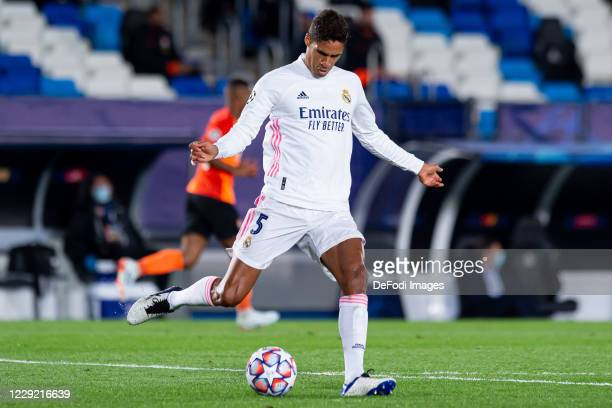 Raphael Varane of Real Madrid controls the ball during the UEFA Champions League Group B stage match between Real Madrid and Shakhtar Donetsk at...