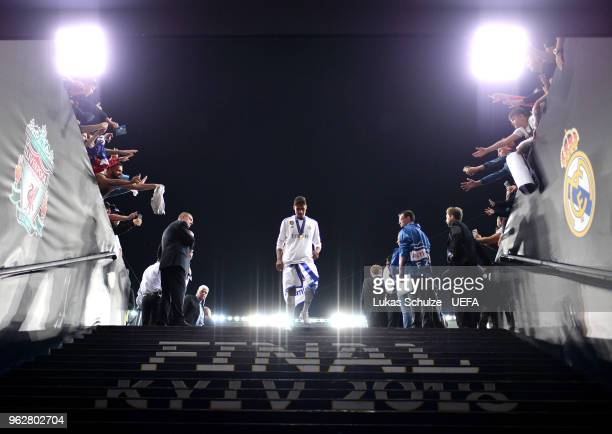 Raphael Varane of Real Madrid makes his way down the tunnel during the UEFA Champions League Final between Real Madrid and Liverpool at NSC...