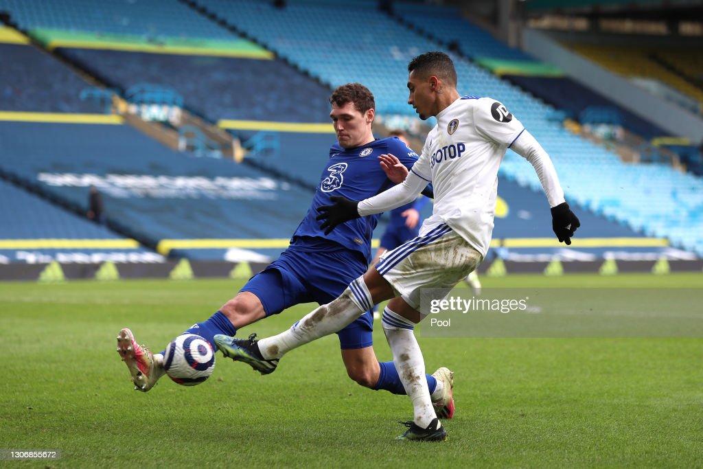 Leeds United v Chelsea - Premier League : ニュース写真