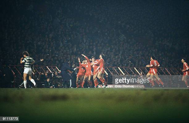 Rapid Wien footballers celebrate the goal scored by Peter Pacult in the UEFA Cup Winners' Cup, second round, second leg at Celtic Park, Glasgow, 12th...