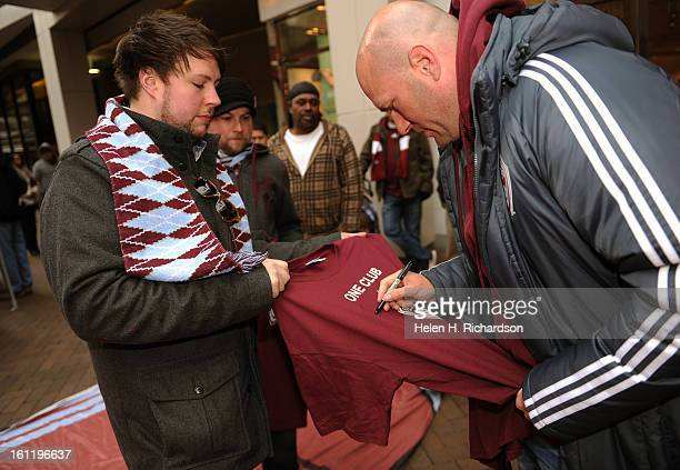 Rapids fan Justin Hammond left of Longmont gets an autograph from Colorado Rapids forward Conor Casey Today Monday February 6 The Colorado Rapids...