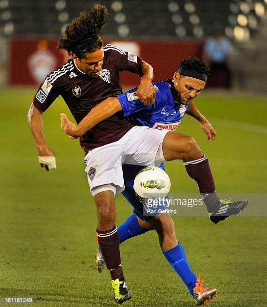 Rapids forward Quincy Amerikwa battled for the ball with Isidro Metapan defender Alex Escobar in the second half The Colorado Rapids defeated Ididro...