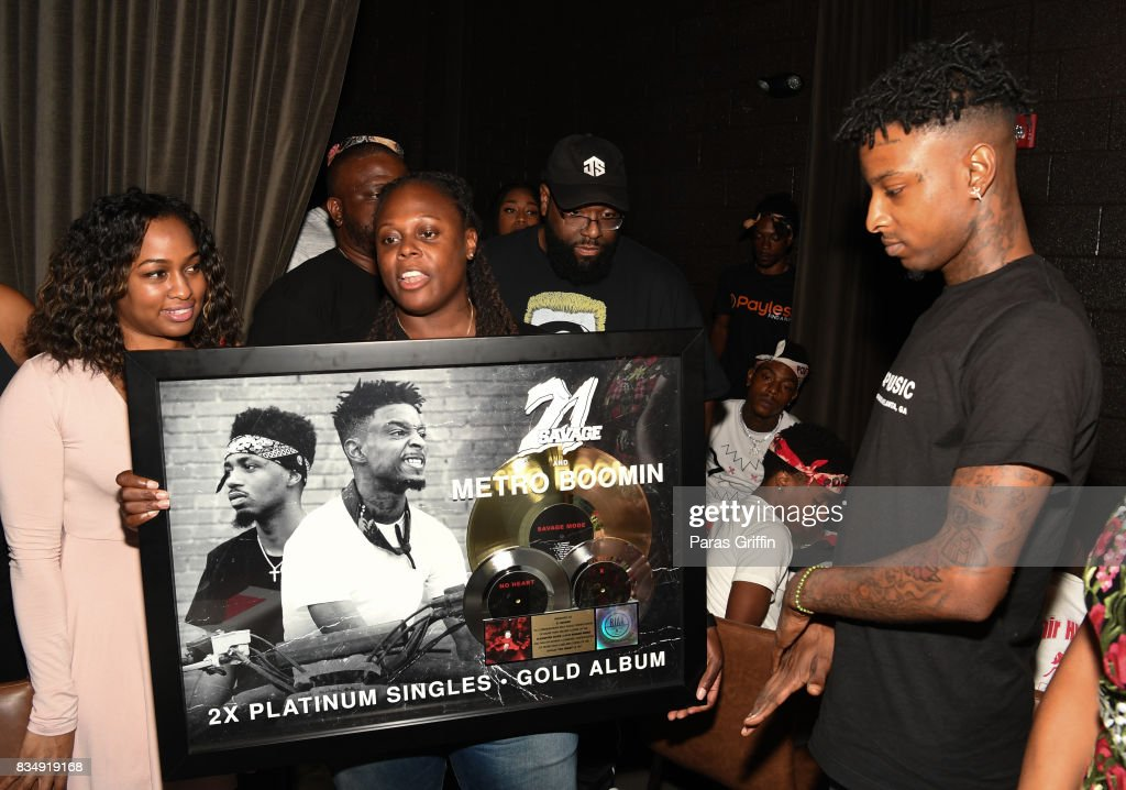 Rapper 21 Savage (R) at ASCAP x Avion Tequila presents The Dinner for 21 Savage at KR Steakhouse on August 17, 2017 in Atlanta, Georgia.