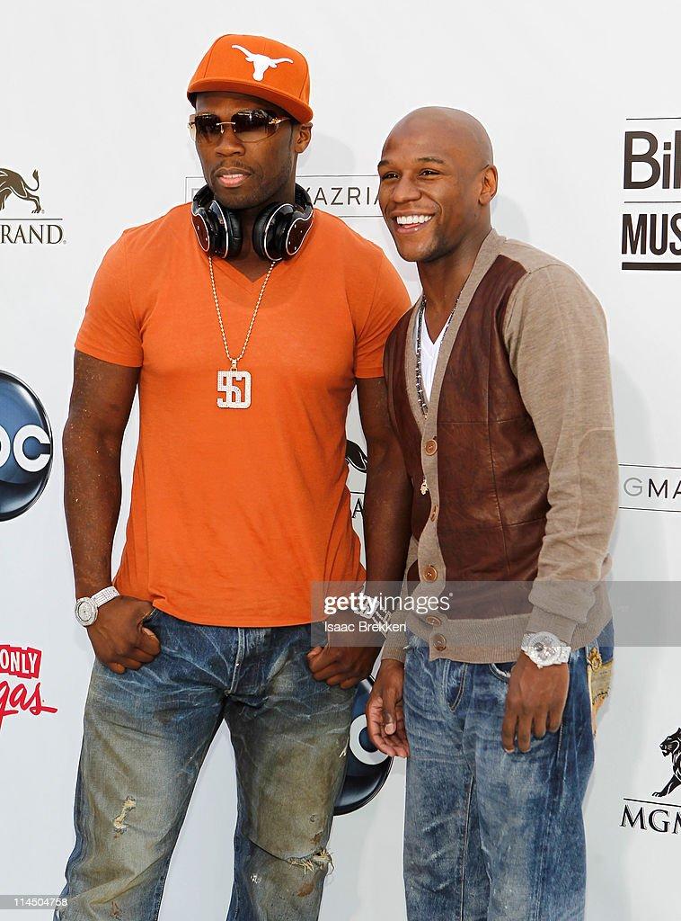2011 Billboard Music Awards - Arrivals : Nachrichtenfoto