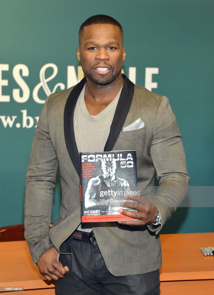 Rapper 50 Cent poses for a picture to promote his new book 'Formula 50: A 6-Week Workout and Nutrition Plan That Will Transform Your Life' at Barnes & Noble, 5th Avenue on January 16, 2013 in New York City.