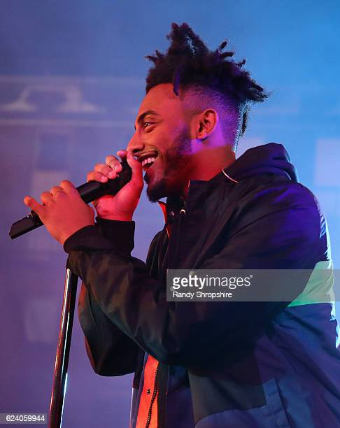 Rapper Amine performs onstage at MTV's 'Wonderland' LIVE Show on November 17 2016 in Los Angeles California