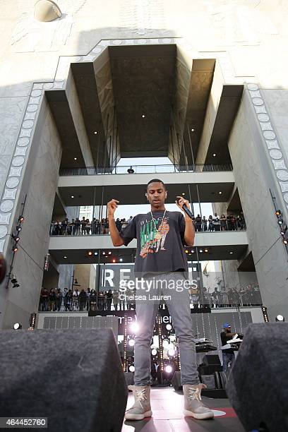 Rapper Big Sean performs during his concert hosted by Revolt TV to celebrate his new album 'Dark Sky Paradise' at Hollywood Highland Courtyard on...