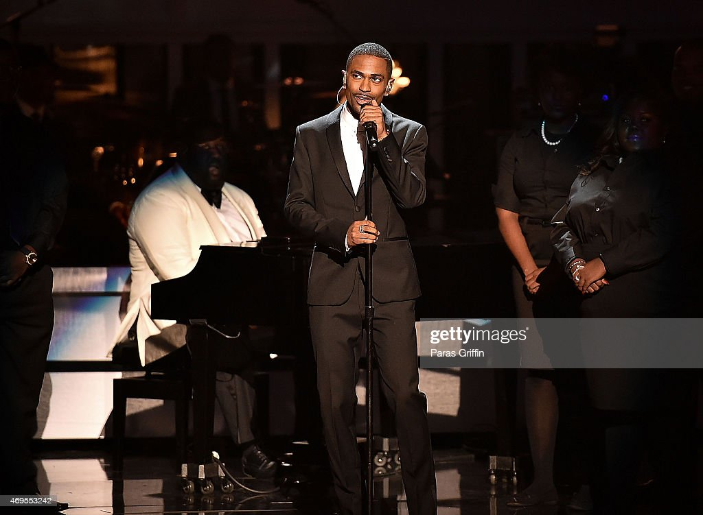 Rapper Big Sean performs onstage at the UNCF 'An Evening of Stars' at Boisfeuillet Jones Atlanta Civic Center on April 12, 2015 in Atlanta, Georgia.
