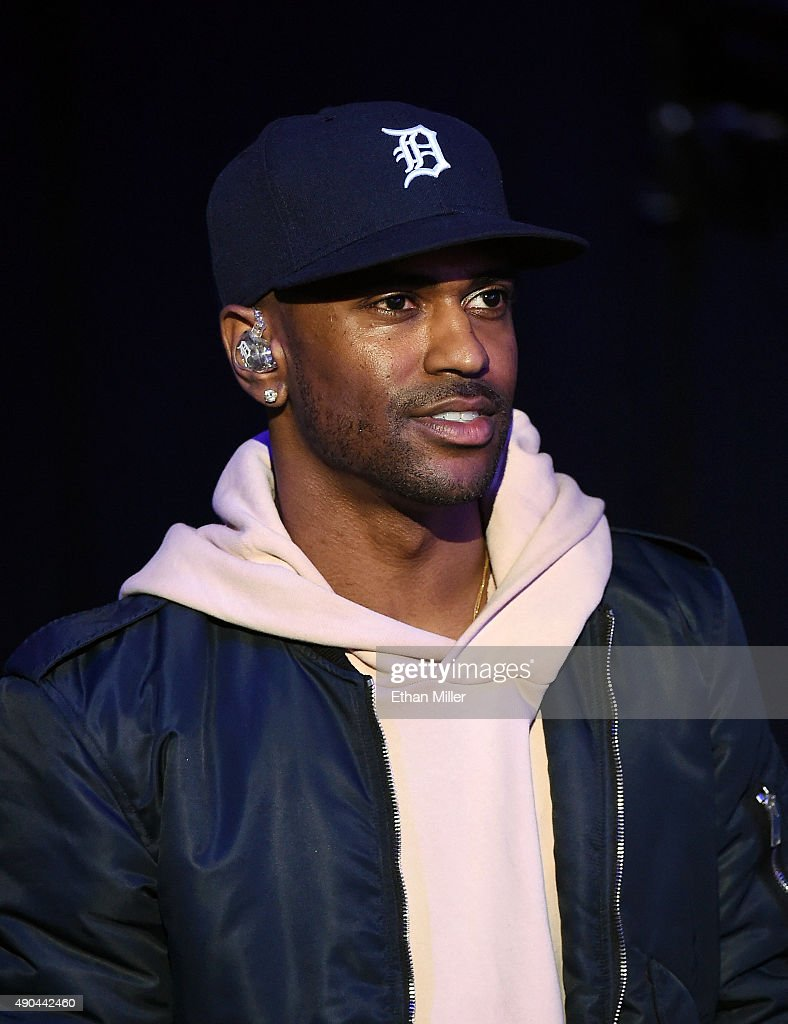 Rapper Big Sean waits to be introduced at the 2015 iHeartRadio Music Festival at MGM Grand Garden Arena on September 19, 2015 in Las Vegas, Nevada.