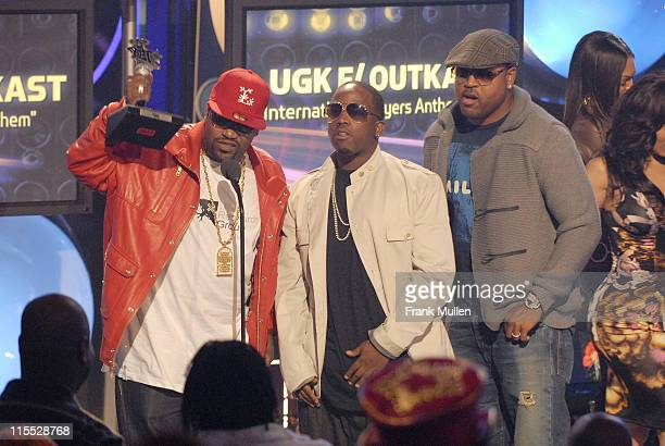 Rapper Bun B of UGK rapper Big Boi of Outkast and director Bryan Barber accept the Best Hip Hop Collaboration Award for 'Int' Players Anthem' during...
