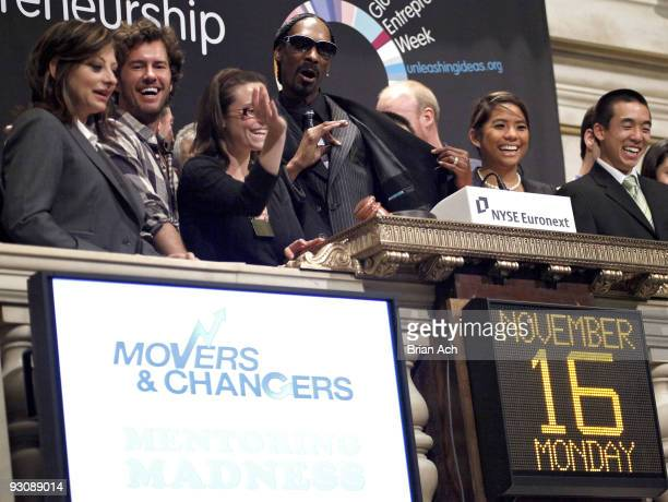 Rapper Calvin Snoop Dogg Broadus CNBC television personality Maria Bartiromo TOMS Shoes Founder Blake Mycoskie rapper Calvin Snoop Dogg Broadus and...