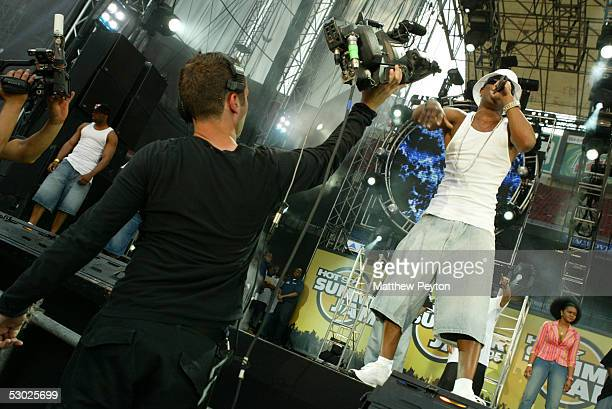 Rapper Cam'ron performs at the Hot 97 Summer Jam 2005 Concert June 5 2005 at Giant Stadium in East Rutherford New Jersey