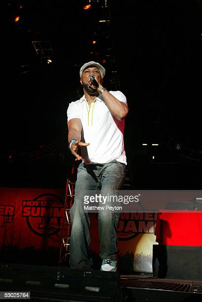 Rapper Common performs at the Hot 97 Summer Jam 2005 Concert June 5 2005 at Giant Stadium in East Rutherford New Jersey