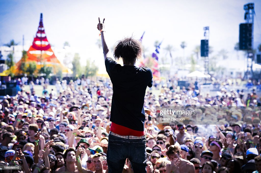 An Alternative View Of The 2013 Coachella Valley Music And Arts Festival : News Photo