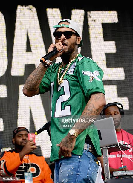 Rapper Dave East performs onstage during the 2016 Budweiser Made in America Festival Day 1 at Benjamin Franklin Parkway on September 3 2016 in...