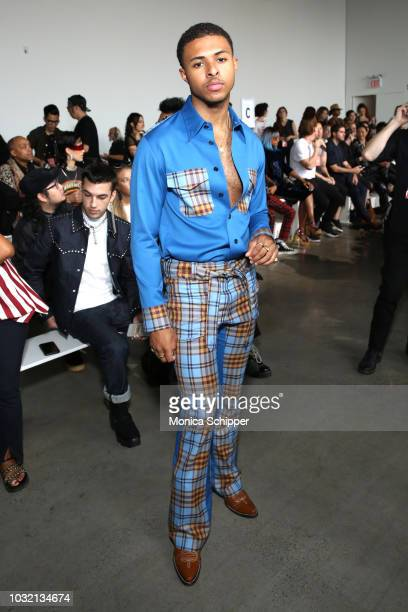 Rapper Diggy Simmons attends the Calvin Luo front Row during New York Fashion Week The Shows at Gallery I at Spring Studios on September 12 2018 in...