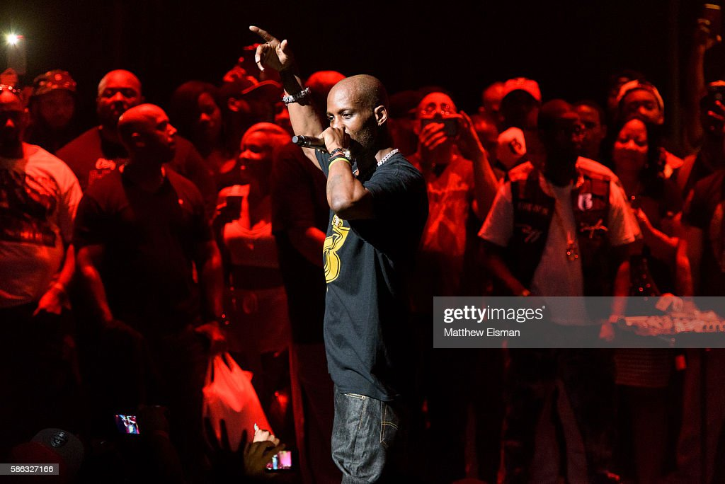 Rapper DMX performs live on stage at the Apollo Theater on August 5, 2016 in New York City.