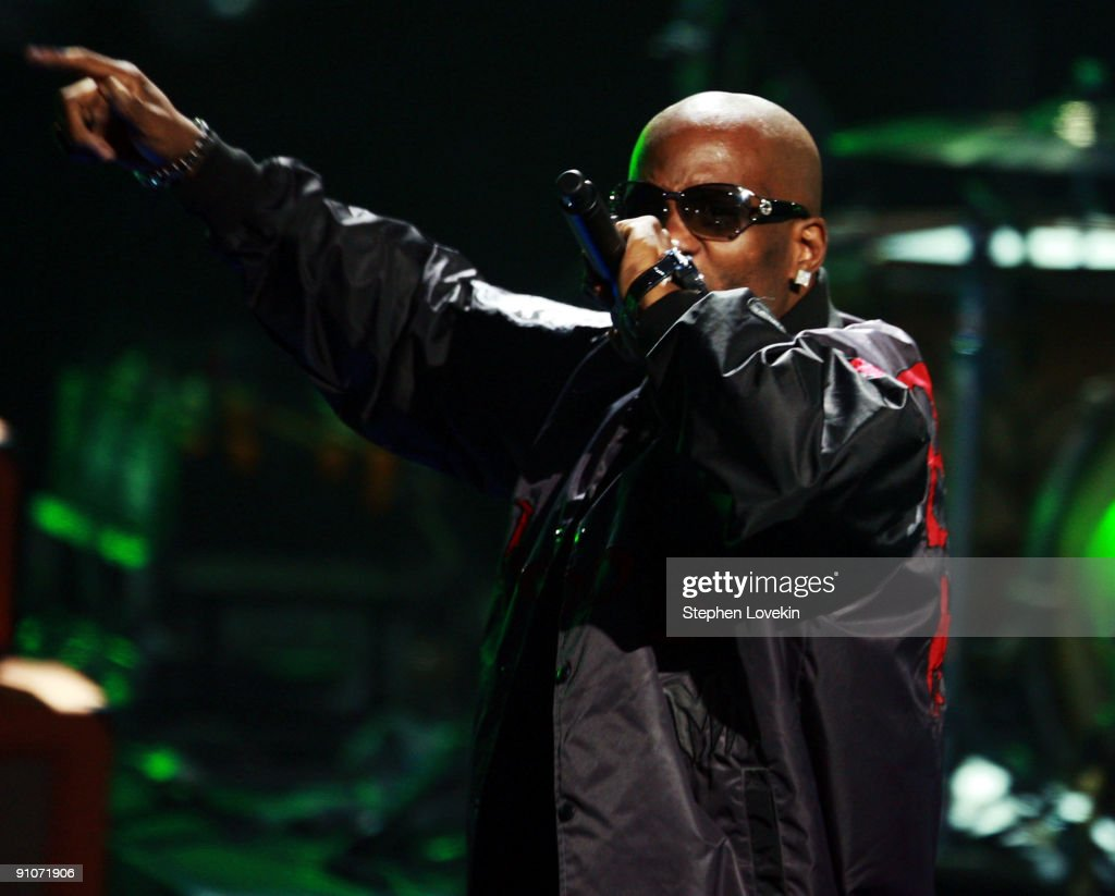 Rapper DMX performs onstage at the 2009 VH1 Hip Hop Honors at the Brooklyn Academy of Music on September 23, 2009 in the Brooklyn borough of New York City.