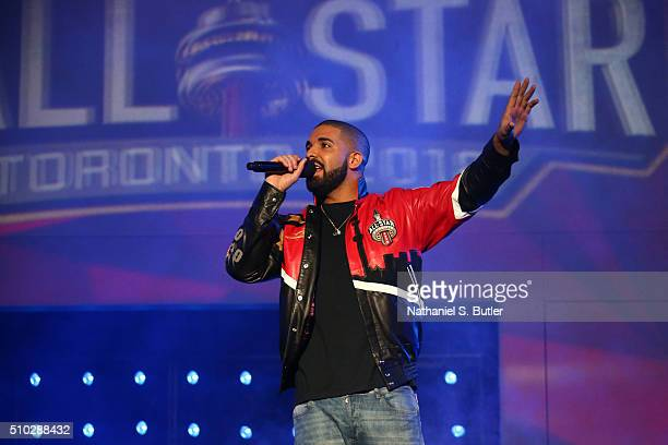 Rapper Drake announces the starters before the NBA AllStar Game as part of 2016 NBA AllStar Weekend on February 14 2016 at the Air Canada Centre in...