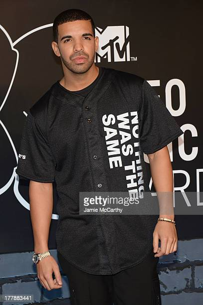 Rapper Drake attends the 2013 MTV Video Music Awards at the Barclays Center on August 25 2013 in the Brooklyn borough of New York City
