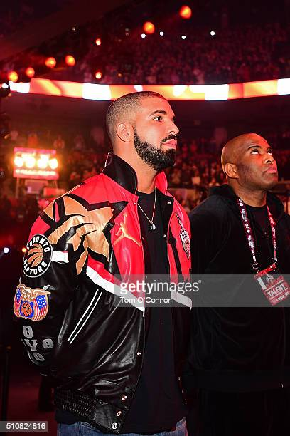 Rapper Drake gets ready to perform during the NBA AllStar Game as part of the 2016 NBA AllStar Weekend on February 14 2016 at Air Canada Centre in...