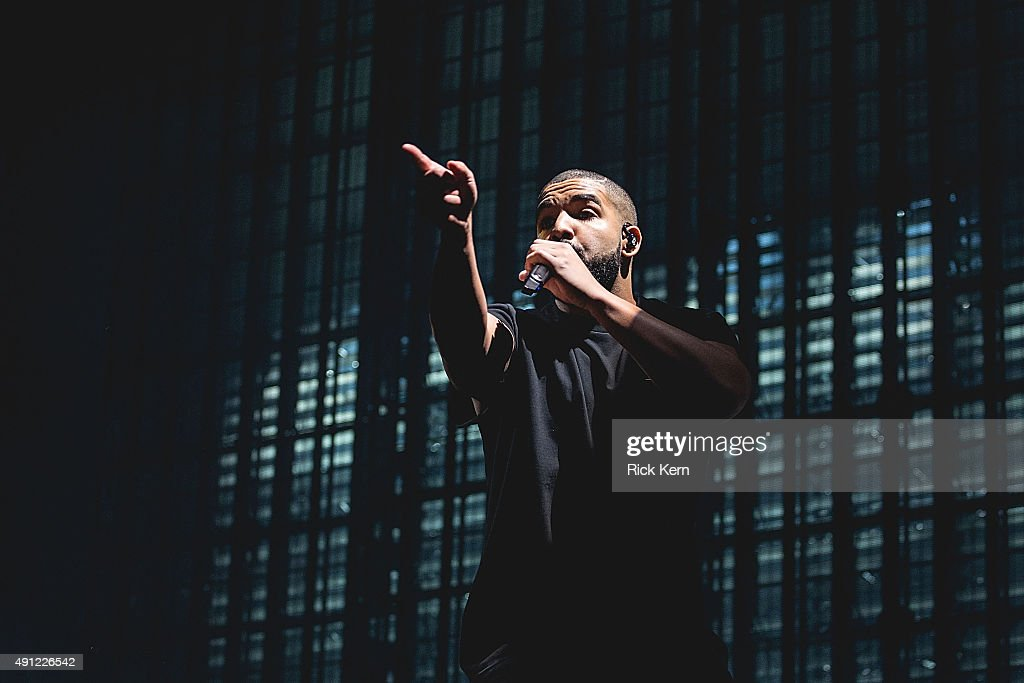 Rapper Drake performs onstage during weekend one, day two of Austin City Limits Music Festival at Zilker Park on October 3, 2015 in Austin, Texas.