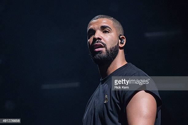 Rapper Drake performs onstage during weekend one day two of Austin City Limits Music Festival at Zilker Park on October 3 2015 in Austin Texas