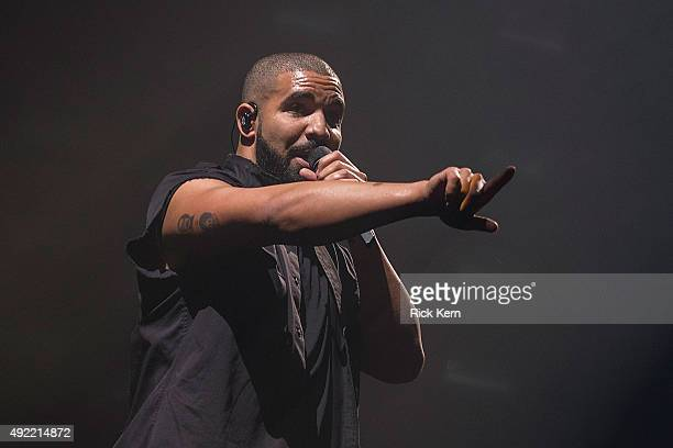 Rapper Drake performs onstage during weekend two day two of Austin City Limits Music Festival at Zilker Park on October 10 2015 in Austin Texas