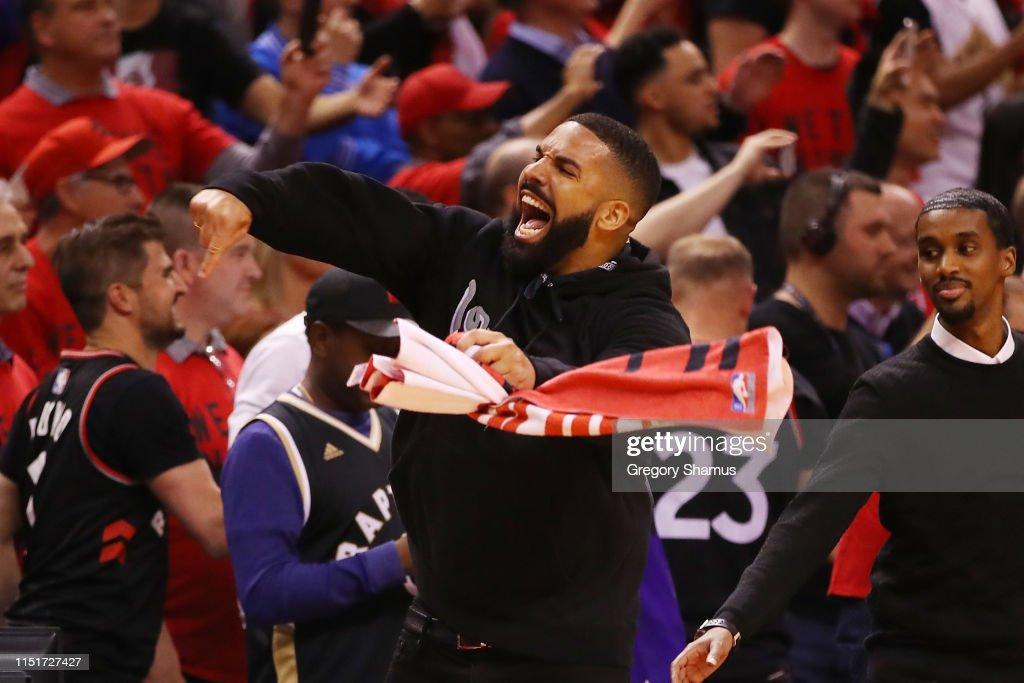 Milwaukee Bucks v Toronto Raptors - Game Six : News Photo