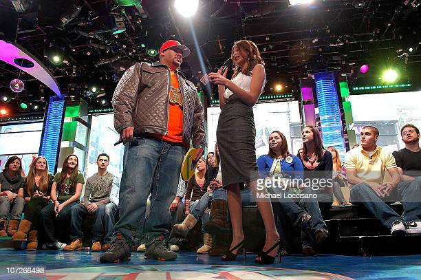 Rapper Fat Joe talks with MTV VJ Lyndsey Rodrigues on MTV's TRL at MTV Studios in New York City's Times Square on January 7 2008 Thye air date for...