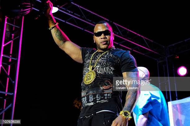 Rapper Flo Rida performs at the Palms pool and bungalows outside of the Palms Casino Resort on July 15, 2010 in Las Vegas, Nevada.
