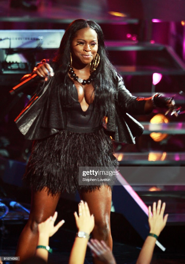 Rapper Foxy Brown performs onstage at the 2009 VH1 Hip Hop Honors at the Brooklyn Academy of Music on September 23, 2009 in the Brooklyn borough of New York City.