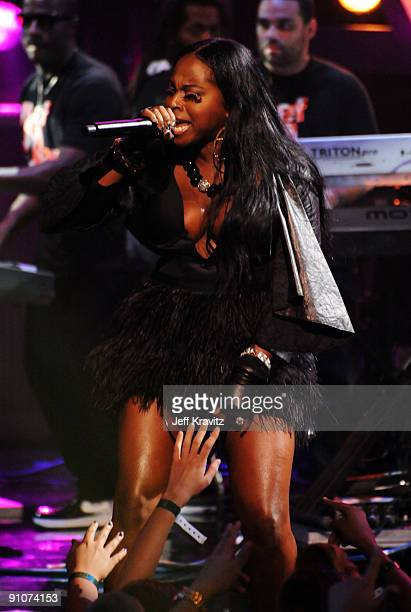 Rapper Foxy Brown performs onstage at the 2009 VH1 Hip Hop Honors at the Brooklyn Academy of Music on September 23 2009 in the Brooklyn borough of...
