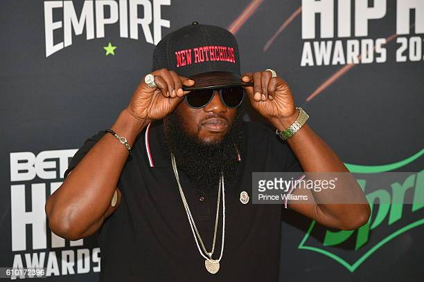 Rapper Freeway attends the BET Hip Hop Awards 2016 Green Carpet at Cobb Energy Performing Arts Center on September 17 2016 in Atlanta Georgia