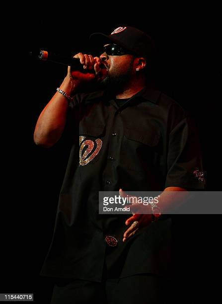 Rapper Ice Cube performs on stage at the Acer Arena on October 31, 2008 in Sydney, Australia.