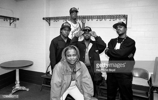 Rapper Ice Cube poses for photos with Da Lench Mob group members, rappers Yo-Yo, T Bone, J-Dee, and deejay Sir Jinx backstage at The Arena in St....