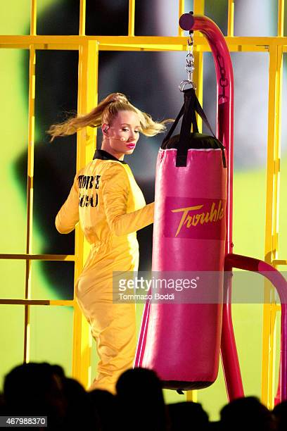 Rapper Iggy Azalea performs onstage during the Nickelodeon's 28th Annual Kids' Choice Awards held at The Forum on March 28 2015 in Inglewood...