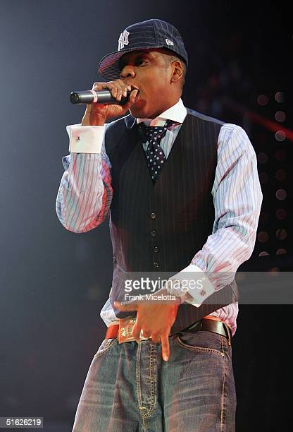 Rapper JayZ performs on the Best of Both Worlds tour with R Kelly October 29 2004 at Madison Square Garden in New York City