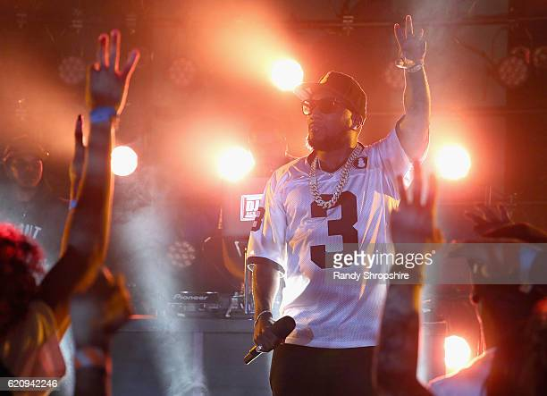 Rapper Jeezy performs onstage at MTV's Wonderland LIVE Show on November 3 2016 in Los Angeles California
