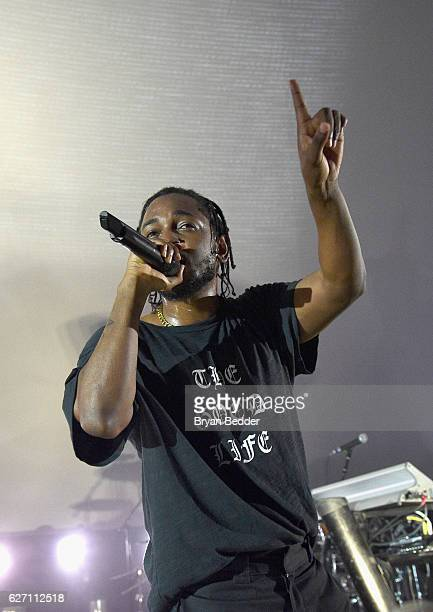 Rapper Kendrick Lamar performs onstage during AMEX MUSIC MEETS ART Kendrick Lamar featuring Shantell Martin at the Faena Art Dome on December 1 2016...